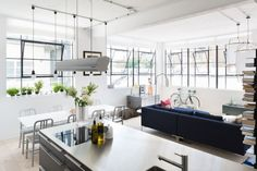 contemporary-apartment_120315_09-800x533
