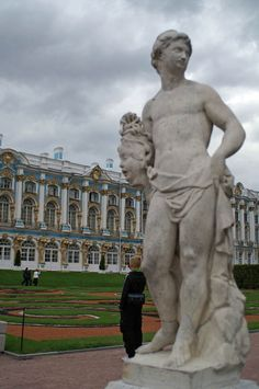Catherine's Palace (1752) - Marble statue in the French Garden