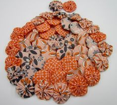 http://tophatter.com/auctions/6591    Orange and black ones....