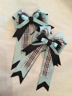 Equestrian hair bows by BowstotheShows on Etsy
