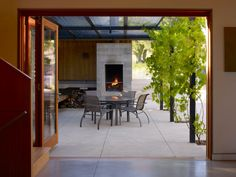Image 4 of 22 from gallery of Santa Ynez House / Fernau + Hartman Architects. Photograph by Richard Barnes & Marion Brenner Outdoor Rooms, Outdoor Living, Outdoor Decor, Outdoor Ideas, Interior Architecture, Interior And Exterior, Interior Walls, Interior Design, Energy Efficient Homes