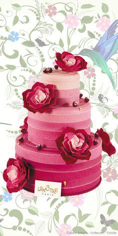 #piece-montee #mariage #fleurs #design http://www.lenotre.com