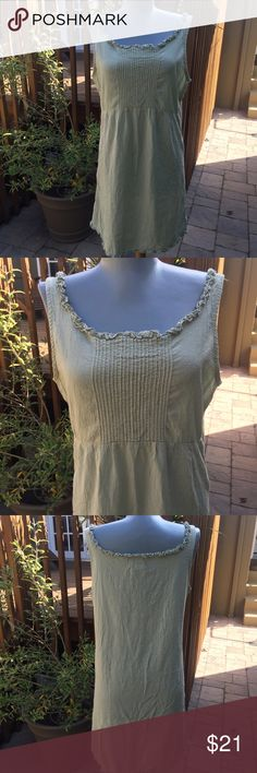 """Free People Dress Free People Dress.  Perfect for summer and so comfortable. Bust 38"""".  Shoulder to hem 33"""". Label says size 9/10. So  pretty. Free People Dresses"""