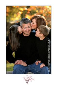 Kissing dad -- this would be cute with my horse in there too giving him a kiss.....hmmmm......