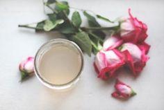Como fazer agua de rosas