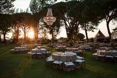 iluminacion boda exterior jardin madrid , bodacoloin. www.showlight.es Alquiler de Lamparas de Cristal para Bodas y Eventos.
