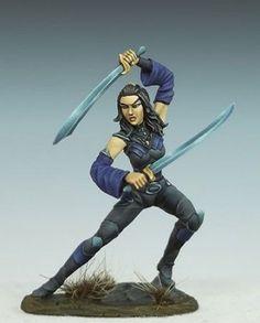 Visions in Fantasy FEMALE ELVEN DUAL WIELD ROGUE Dark Sword Miniatures