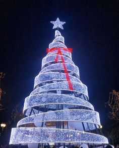 "135 Likes, 6 Comments - Passion for Greece (@passionforgreece) on Instagram: ""This year's Christmas tree at Syntagma square in #Athens. We've also compiled a list of cool things…"""