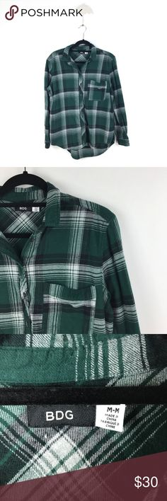 "Urban Outfitters BDG Green Plaid Flannel M 610 Urban Outfitters BDG Flannel Buttondown Shirt Women's Size M Top Green Plaid 610  Measurements: Bust:   21.5"" Flat Across Length:  25-29"" Long  In good preowned condition with no known flaws and light overall wear. Urban Outfitters Tops Button Down Shirts"