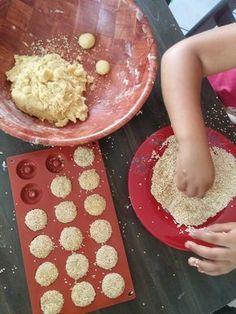 20170620_131208 Gourmet Recipes, Cookie Recipes, Dessert Recipes, Biscotti Cookies, Cupcake Cookies, Moroccan Desserts, Patisserie Fine, Algerian Recipes, Healthy Sandwiches