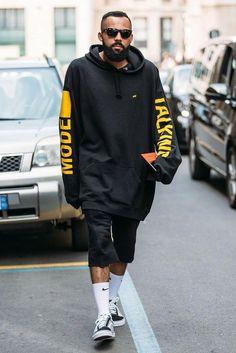 fd43016f082 During Milan s men s fashion week in 2016 we capture this guy s oversized  urban streetwear look.