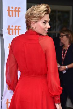 """Scarlett Johansson Photos Photos - Actress Scarlett Johansson attends the """"Sing"""" premiere during the 2016 Toronto International Film Festival at Princess of Wales Theatre on September 11, 2016 in Toronto, Canada. - 2016 Toronto International Film Festival - 'Sing' Premiere"""