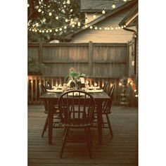 Your patio + our string lights = your Autumn paradise! #patiolights #outdoorlights #festoonlights #ledbulbs #autumn #decor #decoration #commerciallighting #bistrolights #fairylights #lights #homeandgarden #dinnerparty #designinspiration