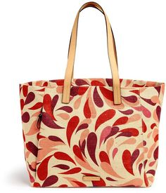 Beach Tote Organize in a trendy bag that matches your style  Beach & summer accessories