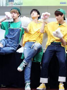 [10.09.16] Busan Fansign Event - SanHa, EunWoo e MoonBin