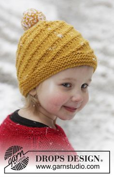 "Swirl N Twirl - Knitted DROPS hat with spiral pattern in ""Alaska"". Size years - Free pattern by DROPS Design Knitting Designs, Knitting Patterns Free, Knit Patterns, Free Knitting, Knitting Projects, Baby Knitting, Crochet Baby, Knit Crochet, Free Pattern"
