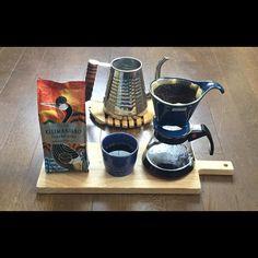2016年5月26日 木曜日 Good afternoon coffee lovers Today's afternoon coffee Tully's coffee  Kilimanjaro Tarime Kibo Have a nice day See you  こんにちは こちらは今日も蒸し暑くなってきました....... 冷たいものを飲みたくなりますね....... 基本的に水を飲むようにしていますがコーヒーもいいです アイスコーヒーも最近は作っていますがホットもいいです 内臓をあまり冷さないようにも気をつけています ではまた  #コーヒー#珈琲#うちカフェ#おうちカフェ#カリタ#ゼロジャパン#タリーズ#タリーズコーヒー…
