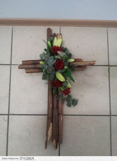 Wooden Cross w Flowers