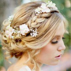 Madrinhas de casamento: Penteados lindos para madrinhas!