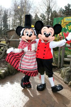 Welsh Style!  Mickey and Minnie