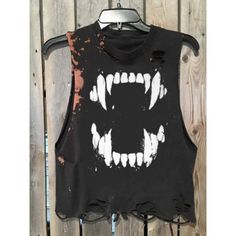 Rock Style, My Style, Ripped Shirts, Look Man, Cool Outfits, Fashion Outfits, Casual T Shirts, Look Cool, Diy Clothes