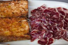 Bread with tomatoe and iberic ham