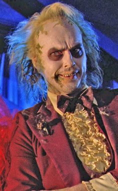 "Beetlejuice played by Michael Keaton, in the movie of the same name. He's the ""Ghost with the most, Babe! Beetlejuice Makeup, Beetlejuice Movie, Beetlejuice Halloween, Maquillage Halloween, Halloween Horror, Halloween Magic, Halloween 2015, Halloween Makeup, Beetlejuice"