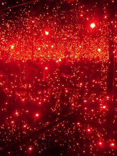 Infinit Mirrored Room filled with the brilliance of life | Yayoi Kusama // Tate // 18.02.2012 | red