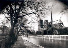 Eugène Atget    Notre Dame de Paris        1923