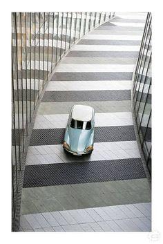 Marcus Gloger - Citroen DS the graphic lines Citroen Ds, Retro Cars, Vintage Cars, Vintage Auto, Psa Peugeot, Automobile, Ex Machina, Cute Cars, Automotive Design