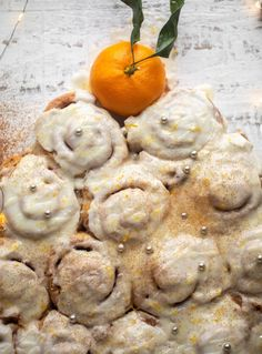 These cinnamon orange rolls are made in one hour and perfect for a nostalgic, sweet breakfast! Orange glaze takes them over the top! Breakfast Pastries, Sweet Breakfast, Breakfast Recipes, Fun Desserts, Dessert Recipes, Orange Rolls, Best Christmas Recipes, Sticky Buns, Christmas Breakfast
