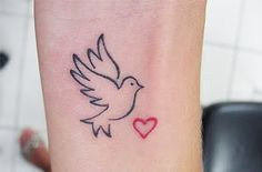 Dove-Tattoo-Designs-and-Dove-Tattoo-Meaning-6