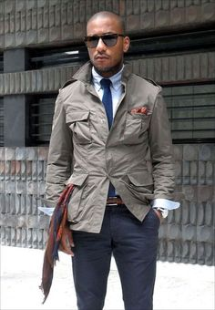 Taupe Safari Jacket, Navy Chinos, and Tie. Mode Masculine, Masculine Style, Jeans En Cuir, Stylish Men, Men Casual, Safari Jacket, Herren Outfit, Best Mens Fashion, Men's Fashion