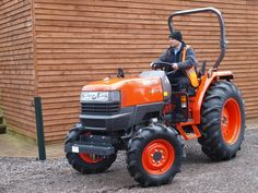 Kubota, the leading manufacturer of agricultural and groundcare machinery in the UK, has introduced an updated version of its popular L4100 tractor.
