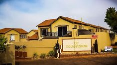 Listed by Agent: Morne Prinsloo Duplex For Sale, Apartments For Sale, 3 Bedroom Apartment, 3 Bedroom House, Photo Maps, Moroccan Style, Finding A House, Open Plan, Property For Sale