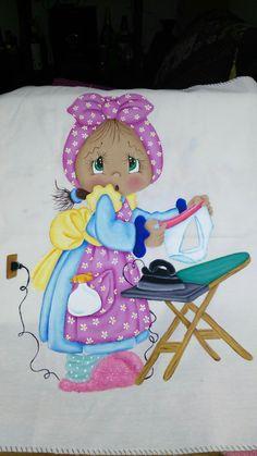 Pintura textil- niña planchando!!