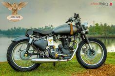 Retro-Naut : A custom Royal Enfield Bobber from Emperor Motorcycles of Ernakulam Retro Motorcycle, Motorcycle Types, Motorcycle Bike, Enfield Bike, Enfield Motorcycle, Bobber, Royal Enfield Classic 350cc, Royal Enfield Accessories, Royal Enfield Modified