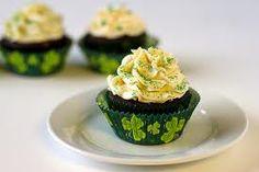 St. Paddy's Day Shamrock Cuppycakes