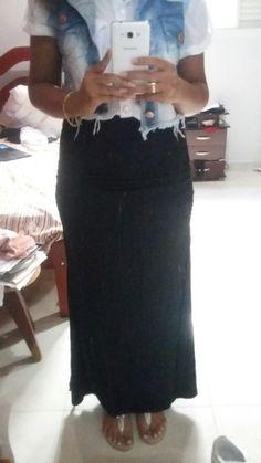 Saia longa + camisa + colete jeans
