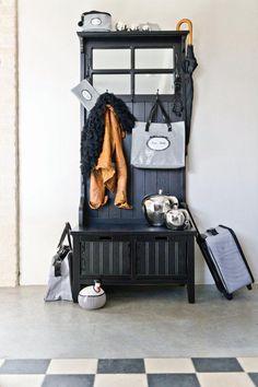 Wieszak na ubrania Wardrobe Rack, Entryway, Furniture, Home Decor, Appetizer, Homemade Home Decor, Decoration Home, Room Decor, Entrance