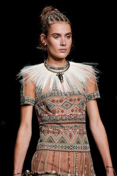 Valentino Spring 2016 Ready-to-Wear by Maria Grazia Chiuri and Pier Paolo Piccioli