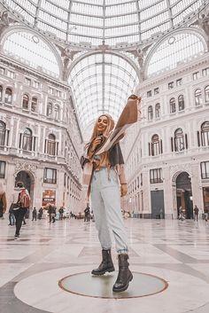 #streetstyle #street #style #fashion #fashionblogger #moda #naples #neapol #chic #denim #denimstyle #italyfashion #italy #rome #milano #milan #slovakia #slovakblogger #blogger #lightroom #preset #lightroompreset Denim Fashion, Trendy Fashion, Fashion Outfits, Fashion Fashion, Spring Fashion, Fashion Trends, Spring Outfits Women, Casual Summer Outfits, Stylish Outfits