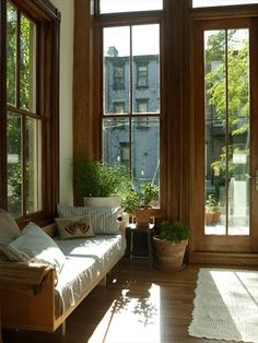 Bed-Stuy Townhouse With Outdoor Shower. Gorgeous light and windows Style At Home, Modern Interior Design, Interior And Exterior, Bed Stuy, Architecture, My Dream Home, Townhouse, Brownstone Interiors, Home And Living