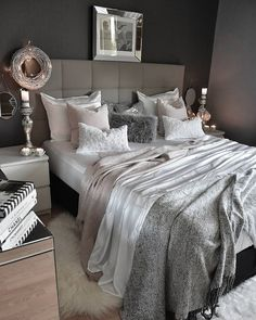 Promote your brand & personal page on @outfitmoments. Message us for more info �� @outfitmoments . . . . . . . . New bedlinen by in our bedroom for this time�� really really wow..����this weite color looks absolutely stunning and if you add some cushions in pink and white (or grey) it works perfectly together. The best combo for me✔ 10% off of all products on ! Discount Code 'zeynepshome'' ���� good evening friends���� Ich liebe meine neuen Bettwäsche von �� habe mich bewusst für weiße…