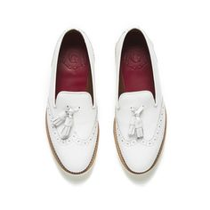 Grenson Women's Kat Leather Tassel Loafers - White ($175) ❤ liked on Polyvore featuring shoes, loafers, leather tassel loafers, leather upper shoes, white leather shoes, white shoes and white loafers