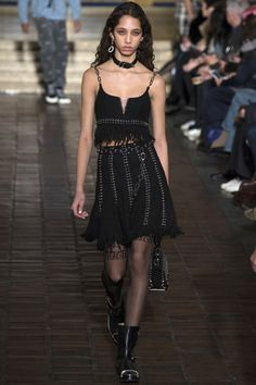 www.thestyleweaver.com Punk rock seems to be the new identity for Alexander Wang and it really makes sense. Wang is a downtown staple and his clothes are made for those who live on the edge. Well done! Alexander Wang Fall 2016