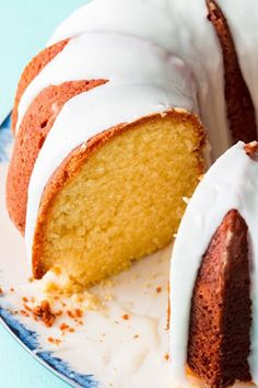 This Vanilla Bundt Cake Is One Of Our Test Kitchen's Proudest Achievements Delish Holiday Desserts, Easy Desserts, Dessert Recipes, Awesome Desserts, Awesome Cakes, Holiday Baking, Pie Recipes, Mini Cakes, Cupcake Cakes