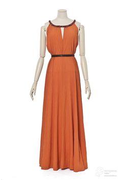 robe du soir Creation date 1937 Material silk Creator Madeleine Vionnet Object Type evening gown Technique crepe Color orange