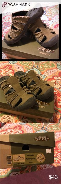 Keen clog type sandal Brand new, never been worn, with original box. Great summer/fall shoe! Keen Shoes