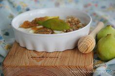 Flor de Sal: Porque de vez em quando temos que nos mimar ... Iogurte grego, figos caramelizados com mel e nozes!